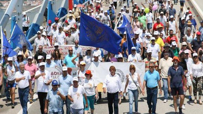 Patras: Grande manifestation contre le chômage