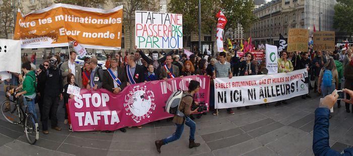 Manifestation contre le Tafta, à Paris, à l'automne 2014.