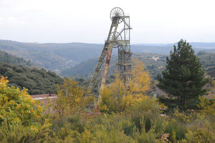 Le fantasme des Fillon, Macron, et Montebourg sur le renouveau minier de la France