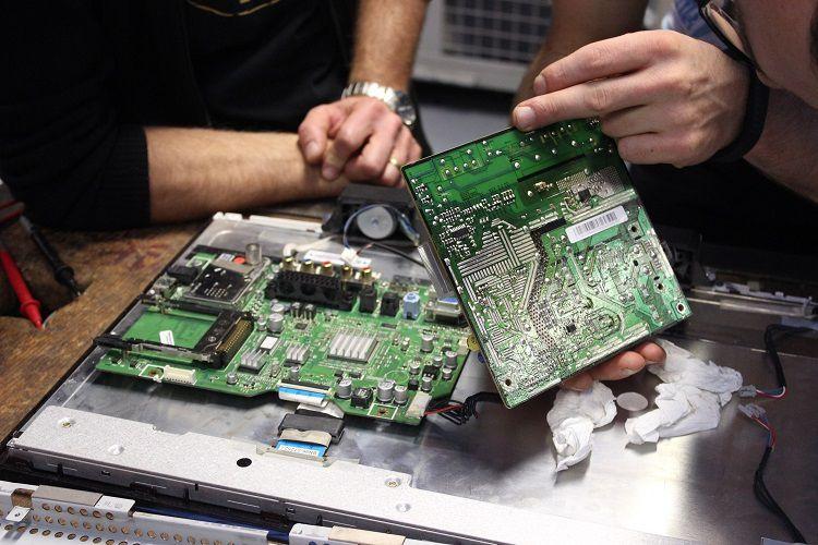 Les dessous du recyclage : 10 ans de suivi de la filière des déchets électriques et électroniques en France