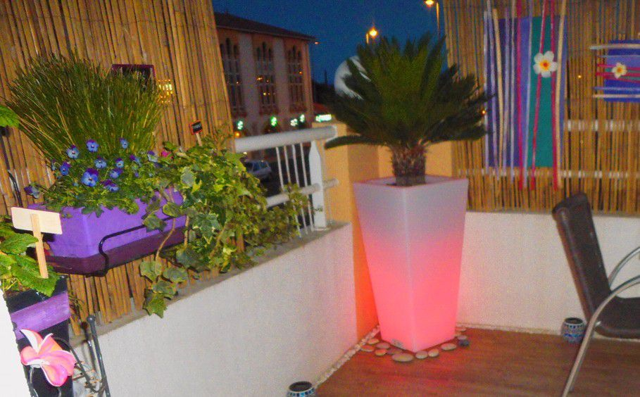 D corer une petite terrasse d 39 appartement for Decoration terrasse appartement