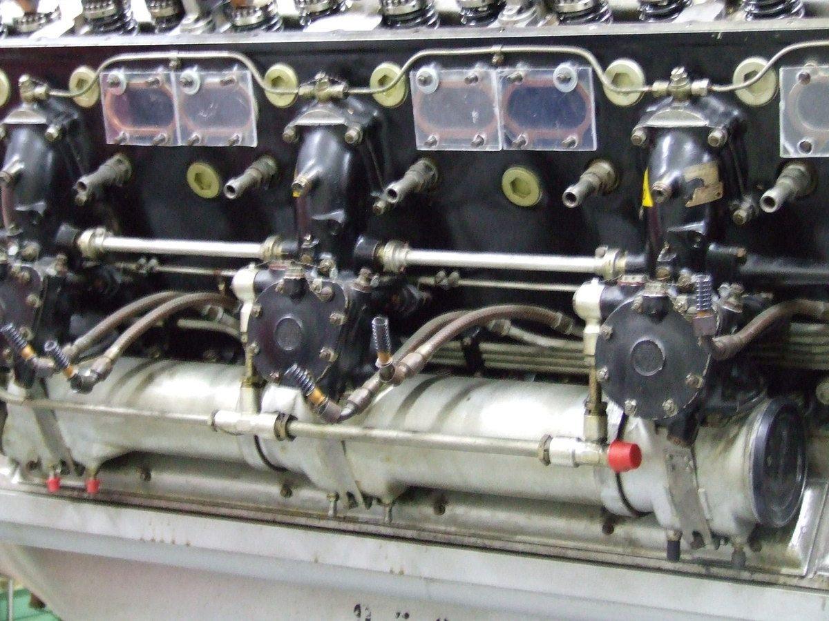 Le moteur 12Y-51 en cours de restauration
