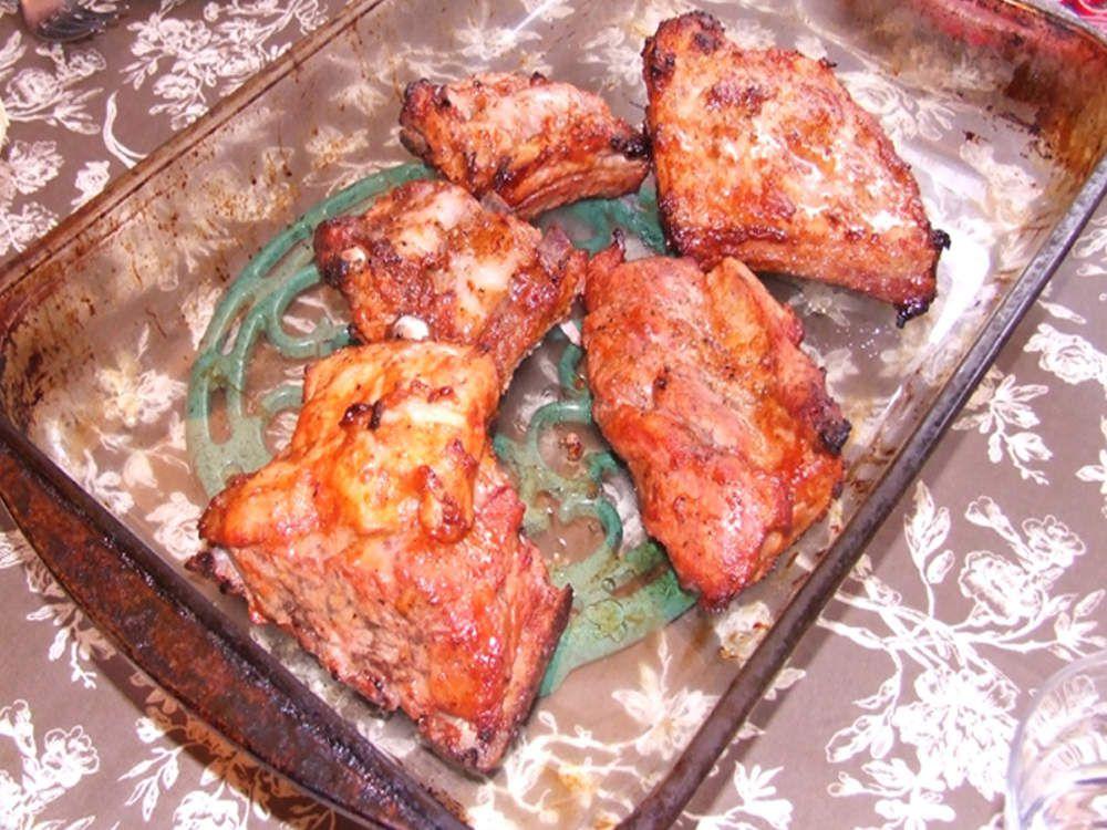 Travers de porc mariné cuit au four