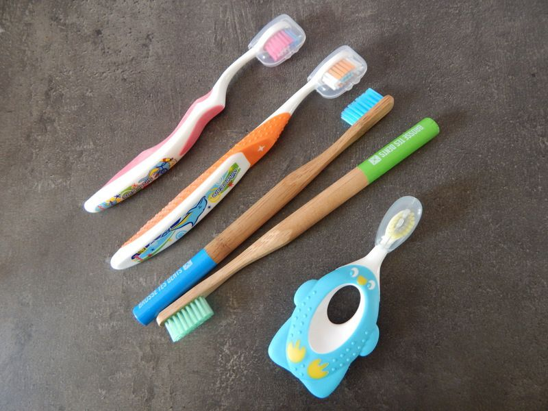 [ Brossetesdents.fr ] L'hygiène dentaire à domicile