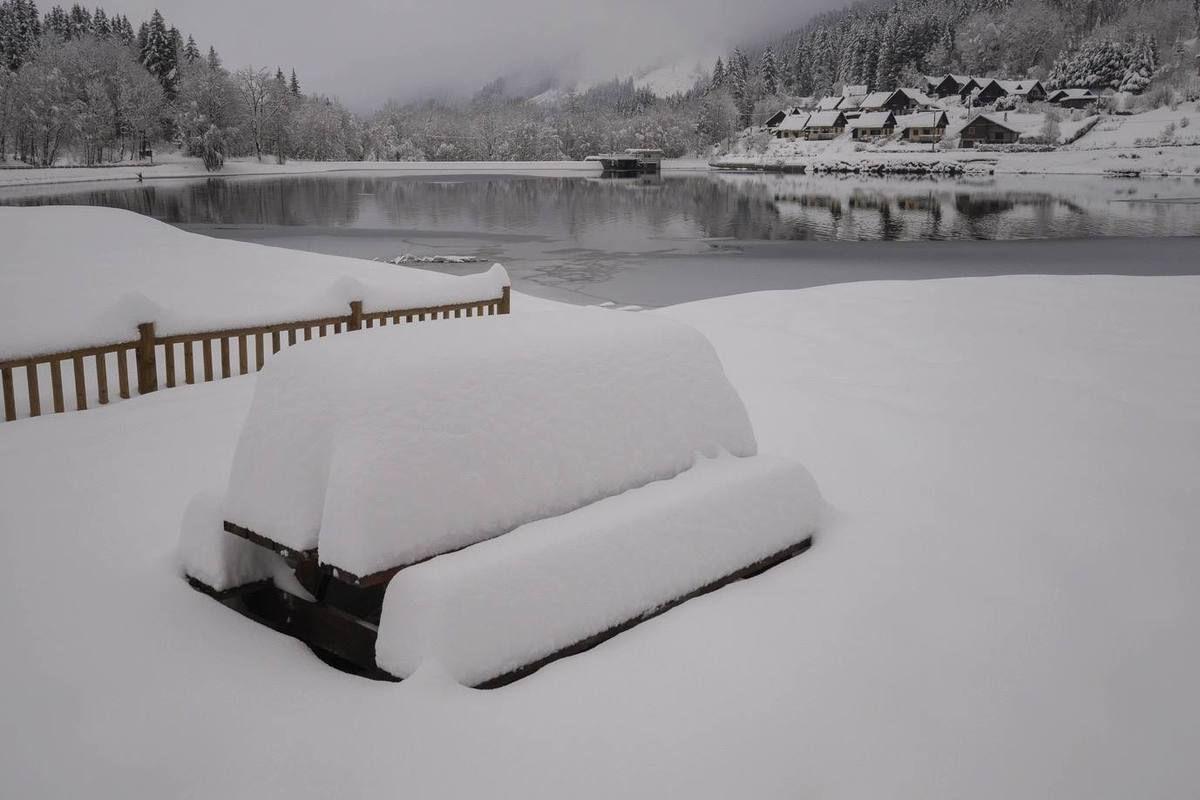 50 cm de neige fraîche au lac du Fond-de-France