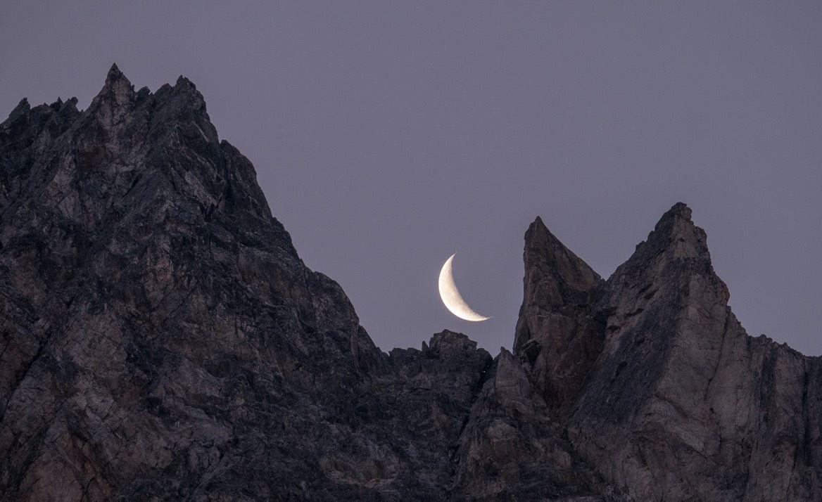 Lever de lune sur les arêtes du Thabor