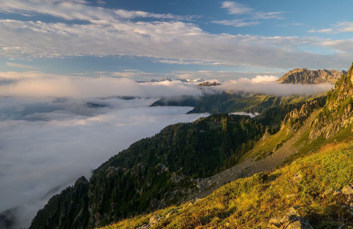 Lever du soleil vers l'épaule 2200 m