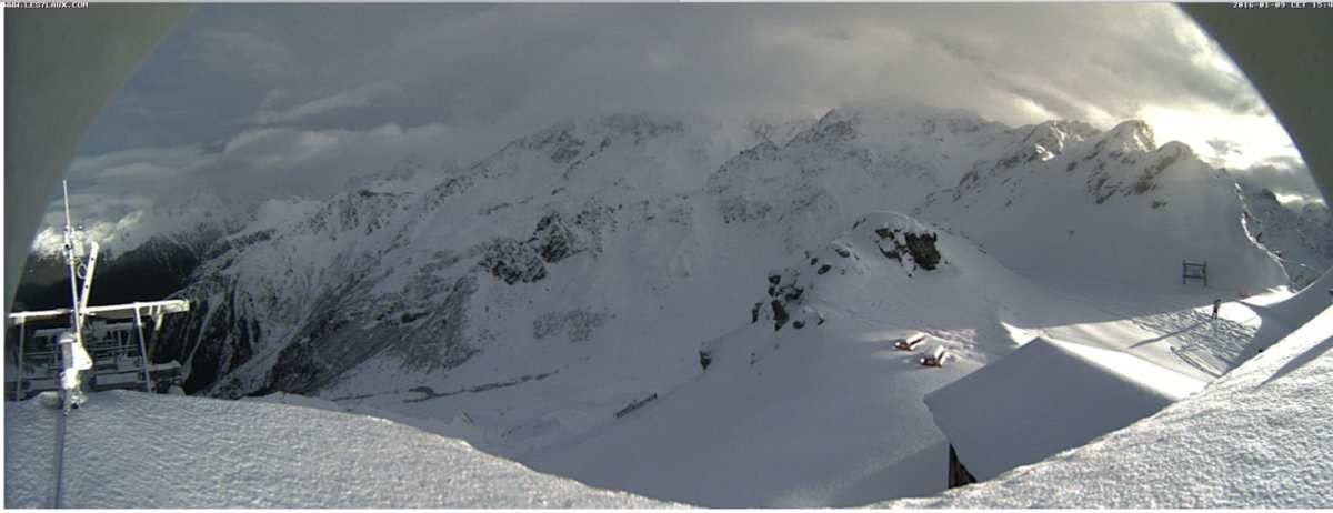L'Oursière, 2200 m. Une image qui fait (enfin) plaisir.