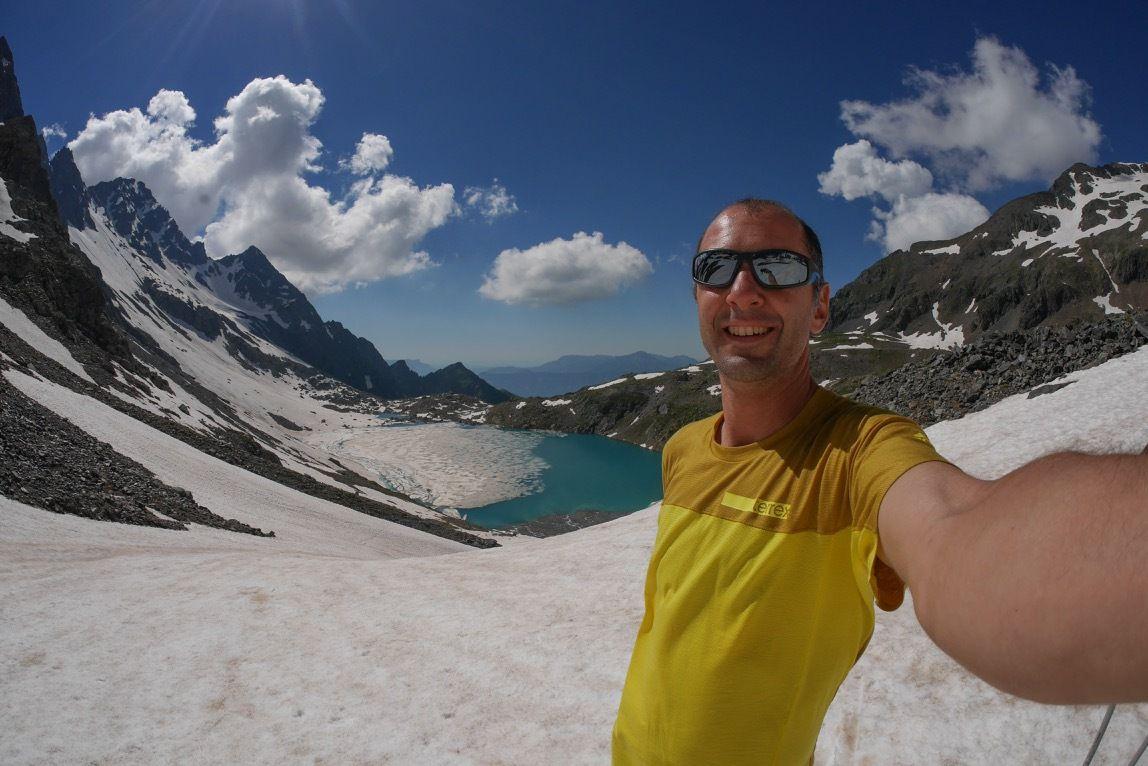 23 juin. Grand ski d'été en Belledonne avec 3000 tout rond au compteur. Belledonne for ever #5 => https://www.youtube.com/watch?v=WyLfdG8aKbY