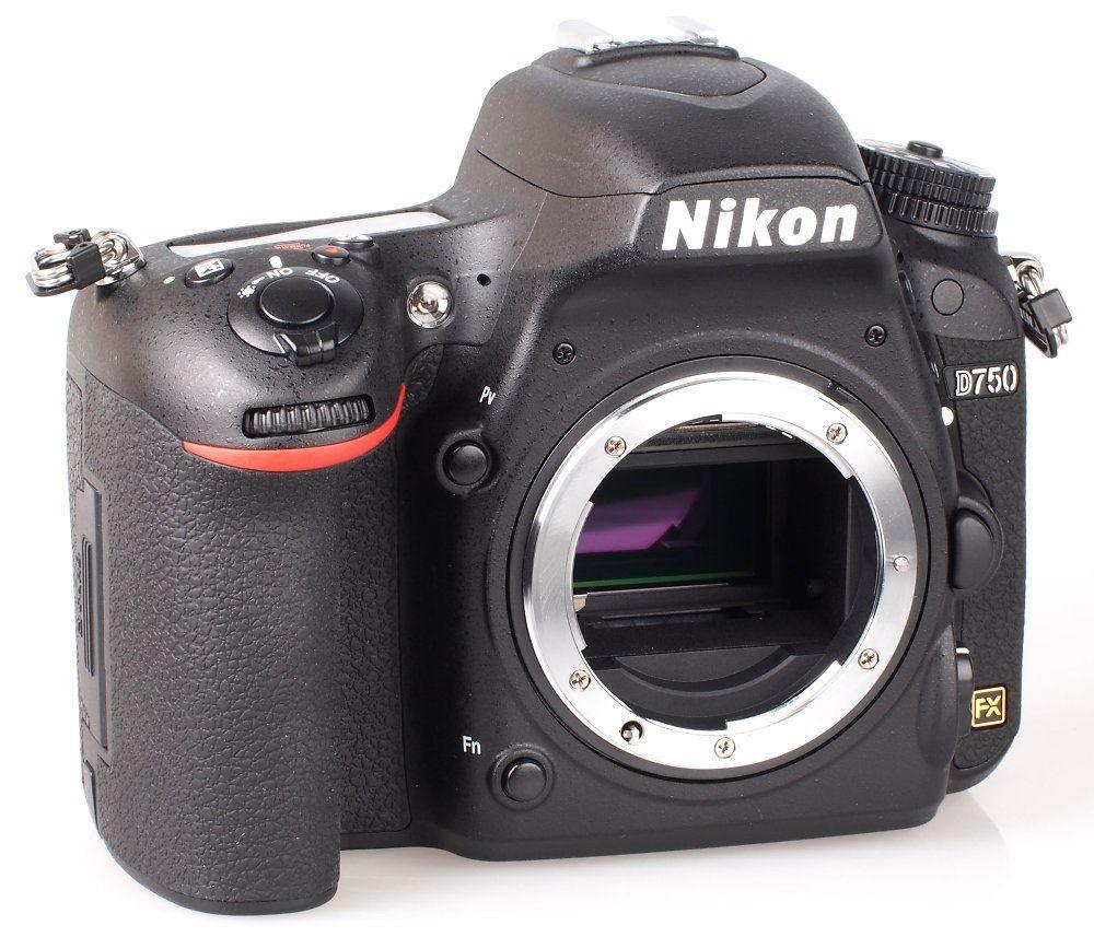 Nikon D750. 24 mp.