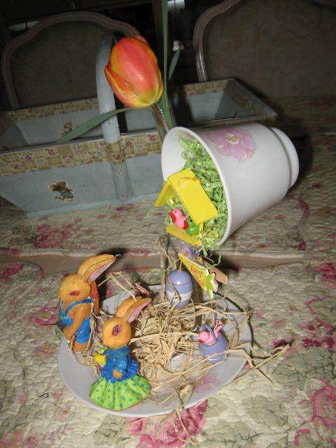 lapins peints à la main il y a quelques années...