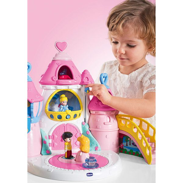 Le château Princesses Chicco par Disney Baby (cadeau dedans!)