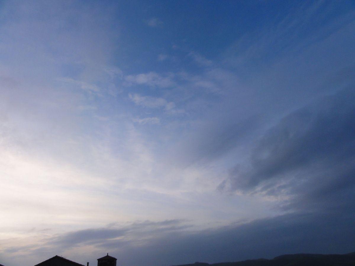 Ciel de soirée sur Rayssac