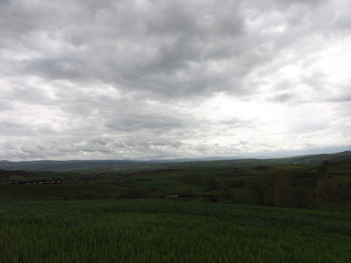 ciel nuageux sur le Rougier