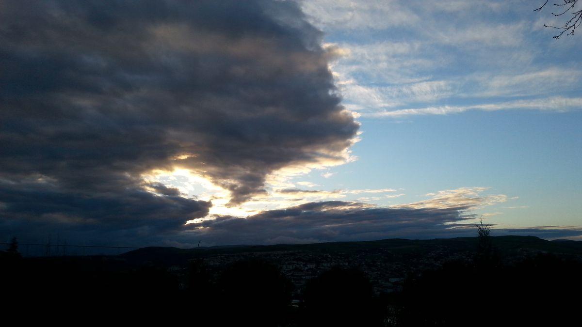 Ciel du 7 avril sur Millau