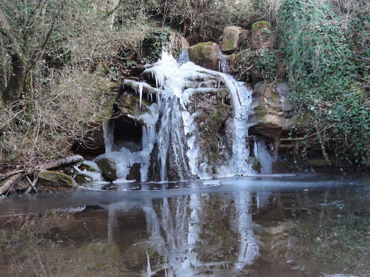 Cascade gelée (ruisseau de Poulan, Rayssac)