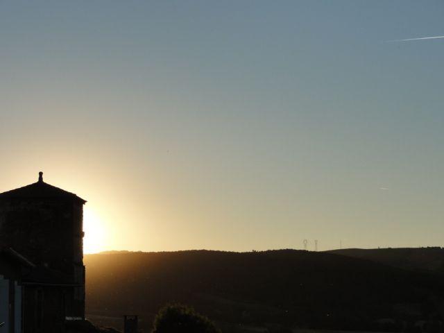 Coucher de soleil sur Rayssac (Vabres l'Abbaye)