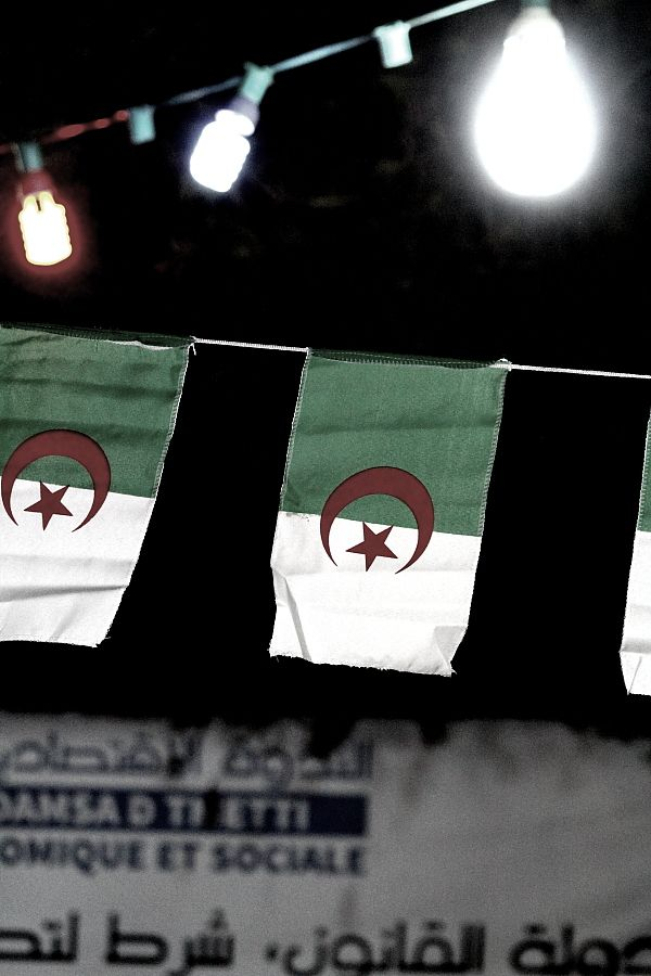 L'Algérie c'est aussi  un environnement  linguistique...