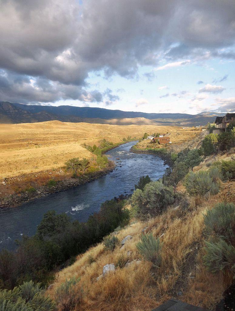 Yellowstone River vue du Best Western Gardiner