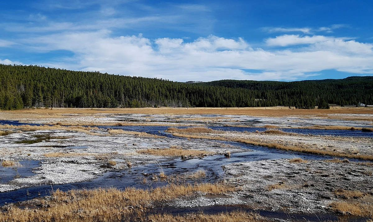 Yellowstone Firehole Lake Drive