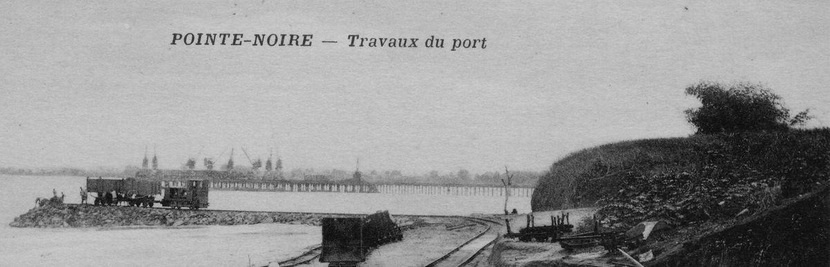 Pointe-Noire : travaux du port, détail (carte postale vers 1934)
