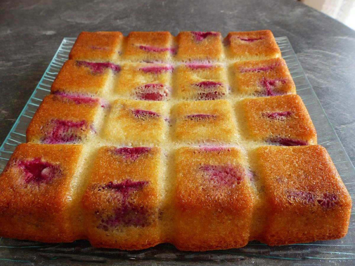 Financier aux prunes