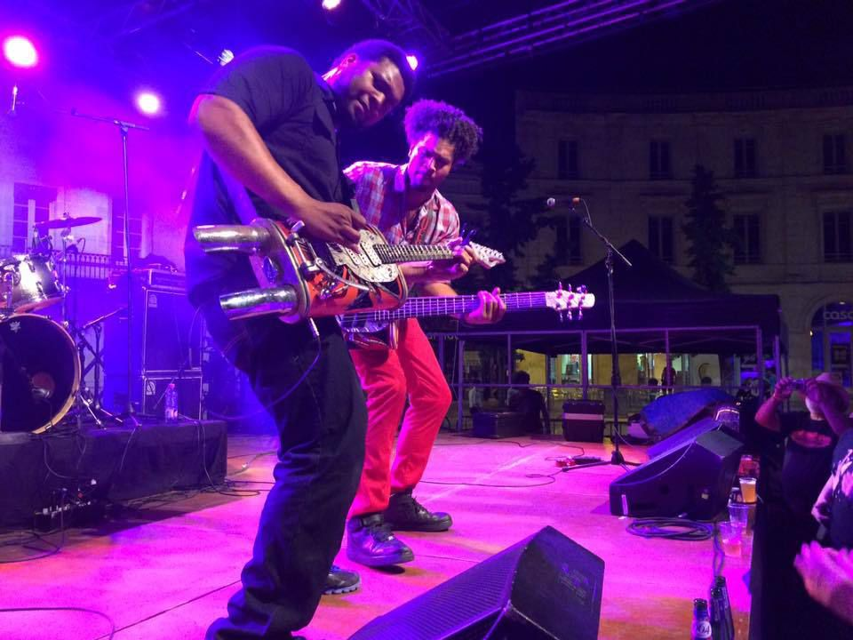 The Homemade Jamz Blues Band au Cognac Blues Passion, Place François-Ier, Cognac, le 1 juillet 2015