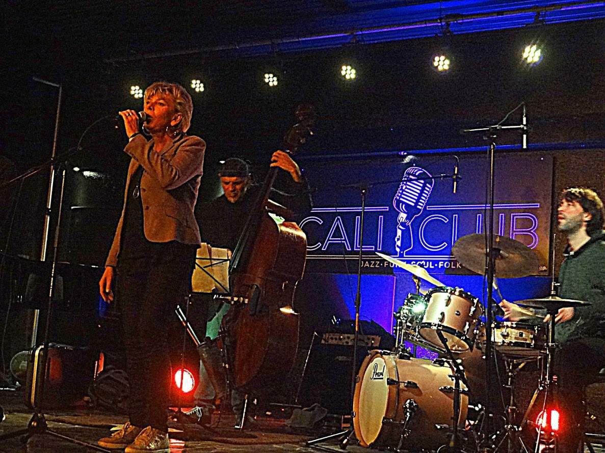 RV Caparros Band featuring Sal La Rocca au CaliClub- Drogenbos, le 2 avril 2016.