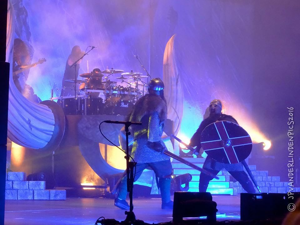 Amon Amarth - Jomsviking European Tour 2016 + Testament et Grand magus à Forest National, le 30 octobre 2016