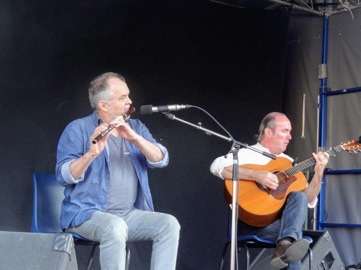 Fest Noz ( avec Baliskis et le duo Jean-Michel Veillon- Yvon Riou) à Paimpol ( place Gambetta) le 17 août 2018
