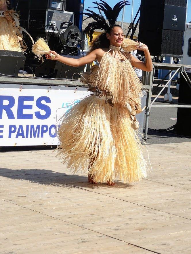 Fête de l'Huître sur le port de Paimpol ( avec Aloha Tahiti Show - Castor et Pollux - Les Ramoneurs de Menhirs) le 2 septembre 2018