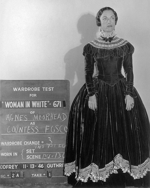 AGNES MOOREHEAD POUR THE WOMAN IN WHITE