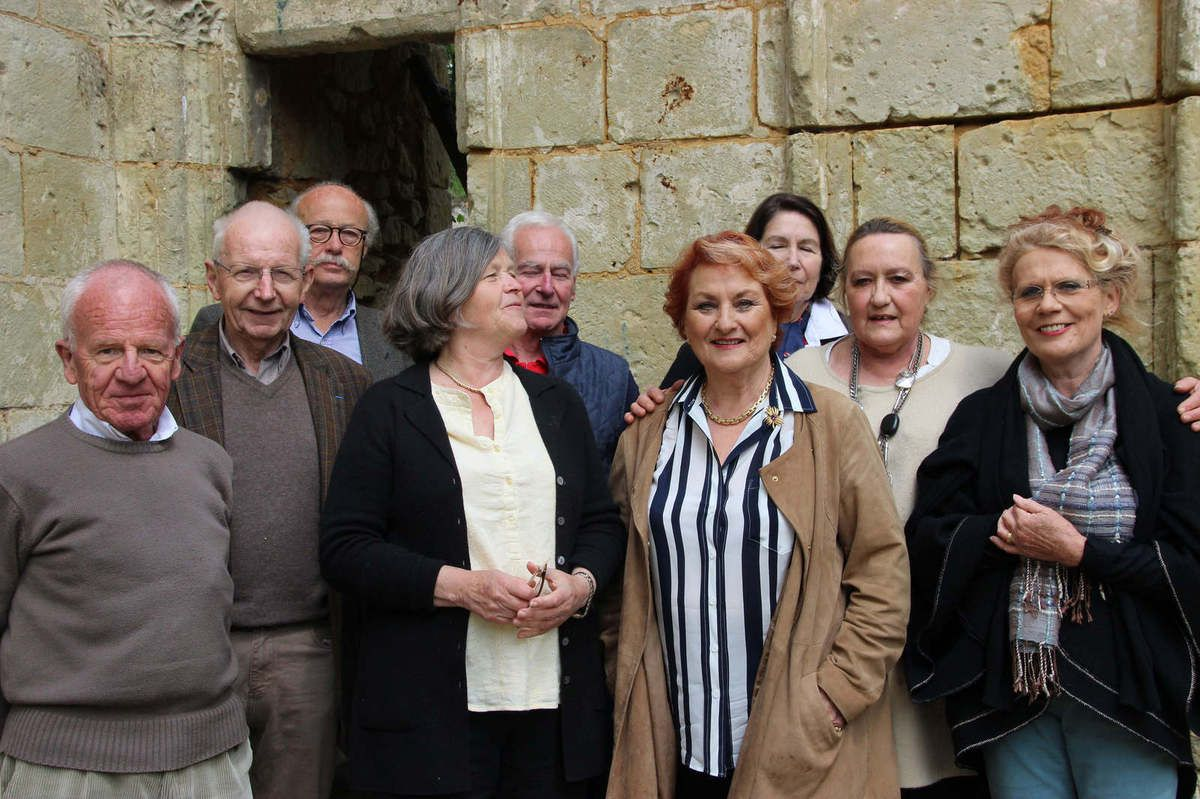 Quelques membres du CA avec au centre la présidente et à sa droite Julitta Moussette