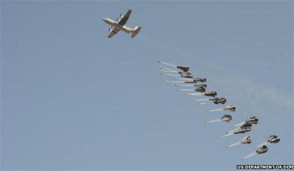 """Las pruebas de apoyo de la coalición internacional al llamado """"Estado Islámico"""" se multiplican"""