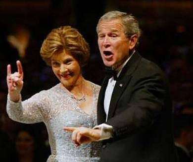 Barbara Bush y su marido George W. Bush