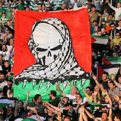 Fútbol: hinchas escoceses ondean banderas palestinas (Vídeo)