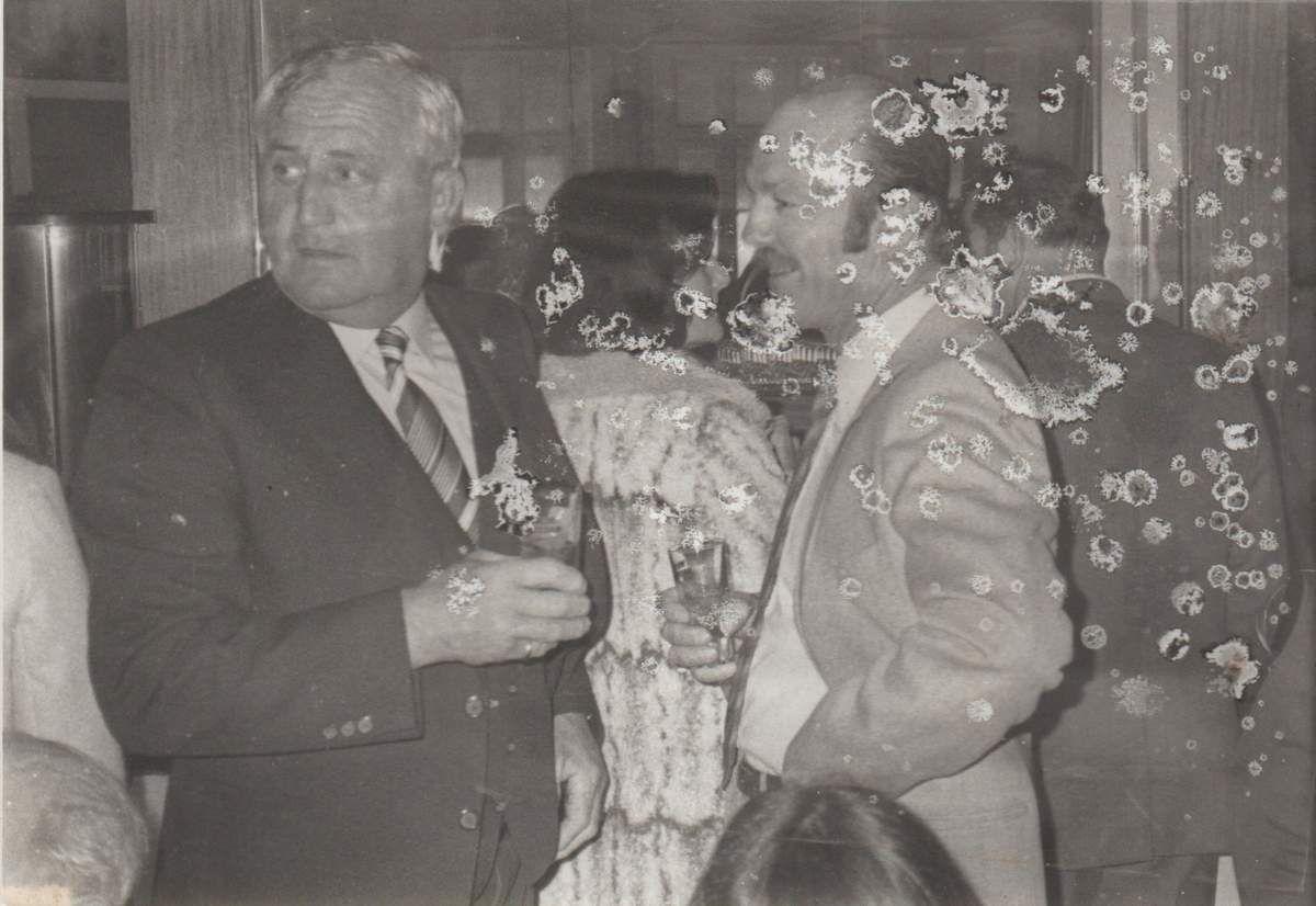 Roland Kerjolis et Robert Kieffer, lors d'une cérémonie de jumelage