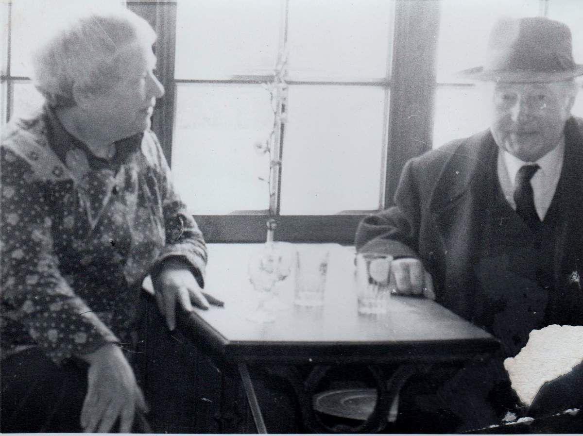 Mme Burie et M. Le Gonidec