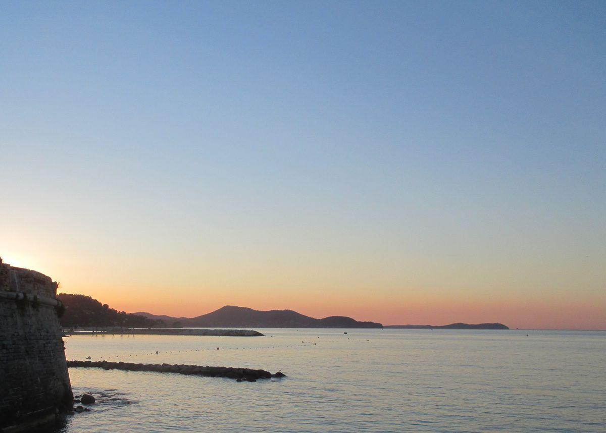 La rade de Toulon au petit matin...