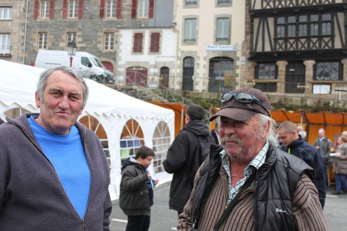 Photos de la fête du Viaduc du 1er Mai 2015 organisée par le PCF à Morlaix (Jean-Luc Le Calvez)