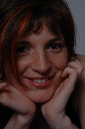 Camille Glidic Le Calvez: 25e position sur la liste. Employée dans la restauration à l'île de Batz