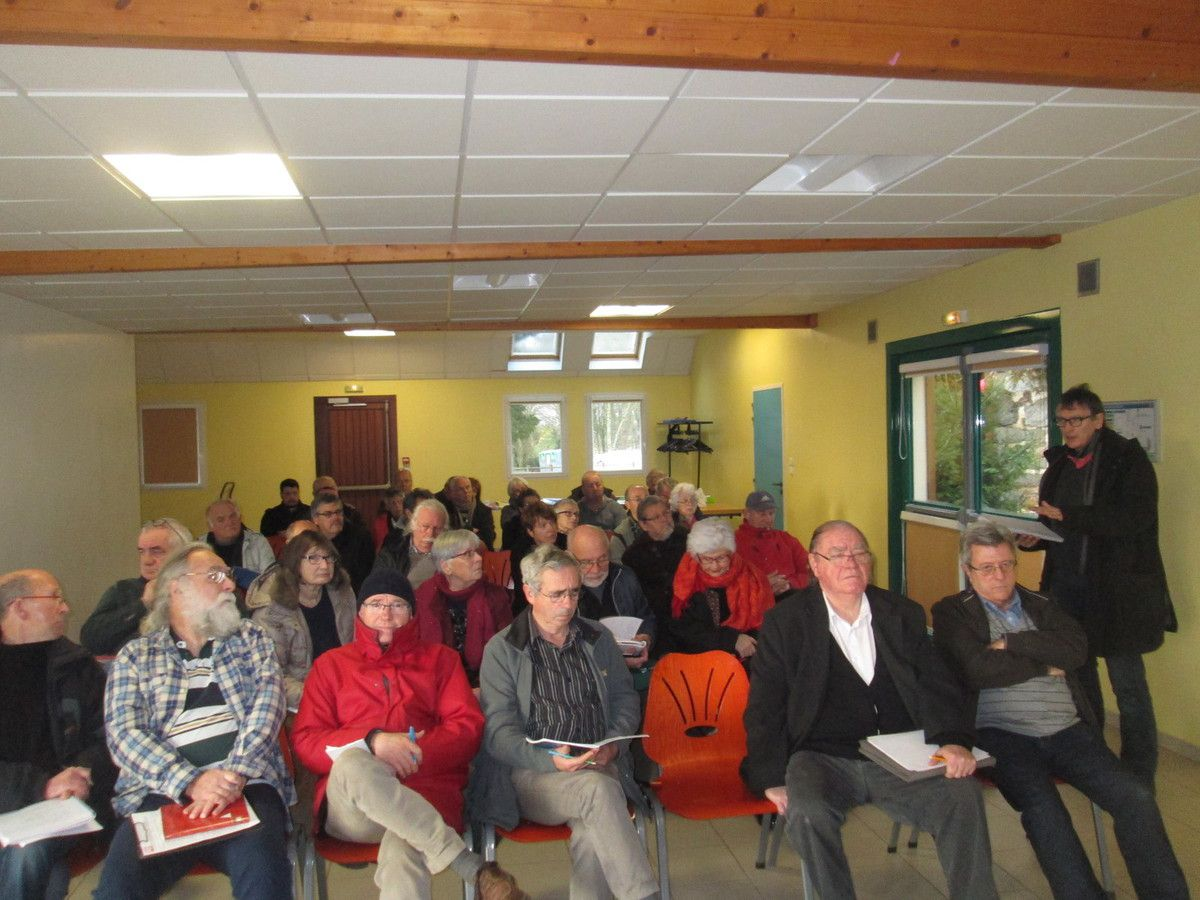 AG départementale du PCF Finistère: 23 janvier 2016 à la MPT du Bourg de Logonna Quimerc'h en Pont de Buis (photos Jean-Luc Le Calvez)