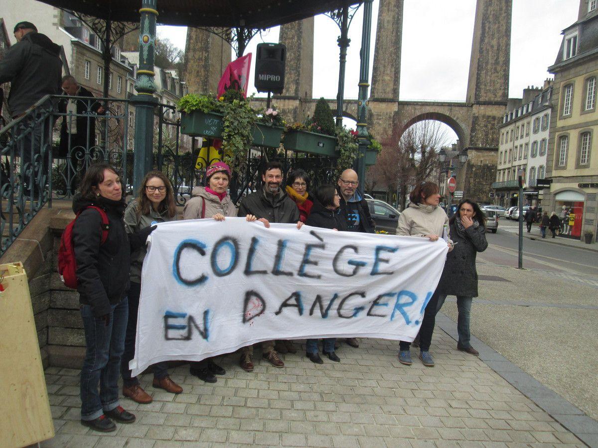Les enseignants du collège Tanguy-Prigent de St Martin protestant contre la fermeture de deux classes (2 sur 8): à 100% grévistes ce mardi 26 janvier et très remontés contre la réforme du Collège et l'affaiblissement de leur collège
