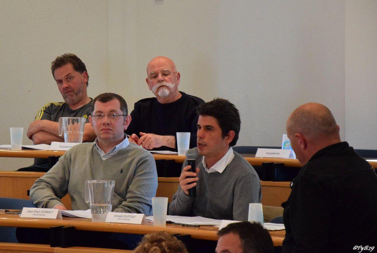 Conseil communautaire du 9 mai 2016: un vote pour le passage en gestion communautaire de l'eau potable et de l'assainissement après un débat très musclé et un vote à bulletin secret