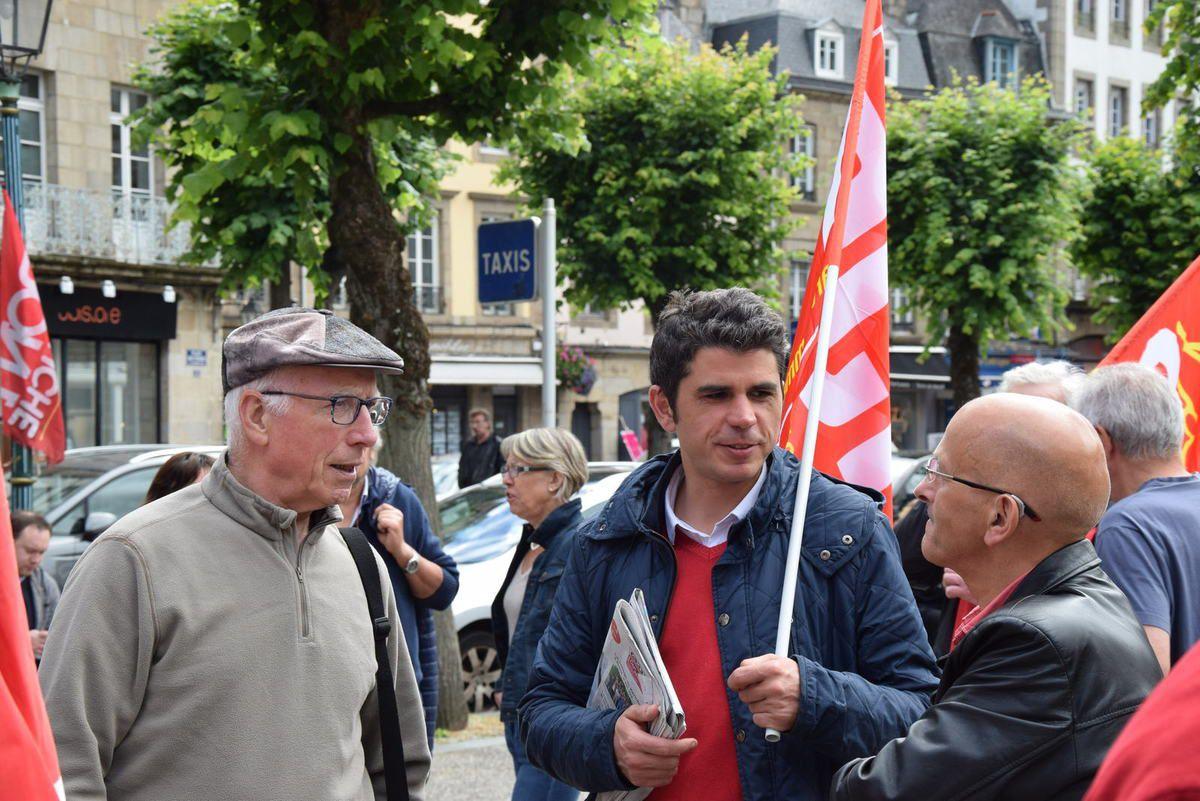 Photos de la manif du 5 juillet à Morlaix contre la loi travail par ... c72e7f7ab8cb
