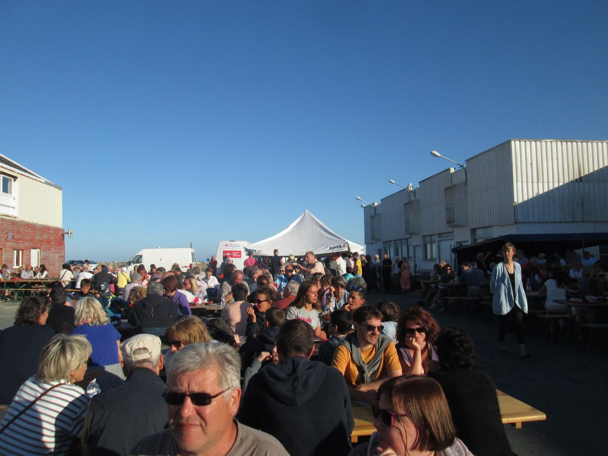 Photos de la fête du Travailleur de la Mer le 23 juillet 2016 à Lesconil et discours d'Ismaël Dupont, secrétaire départemental du PCF Finistère: Tant de raisons de ne pas abdiquer!