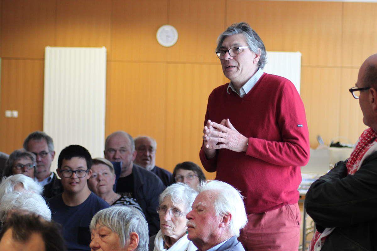 Dominique Gontier évoque son émotion à écouter Raymond Mc Cartney, son engagement pour Bobby Sands et les centaines de grévistes de la faim irlandais en 1980-1981, les souvenirs de sa visite de Belfast à guerre