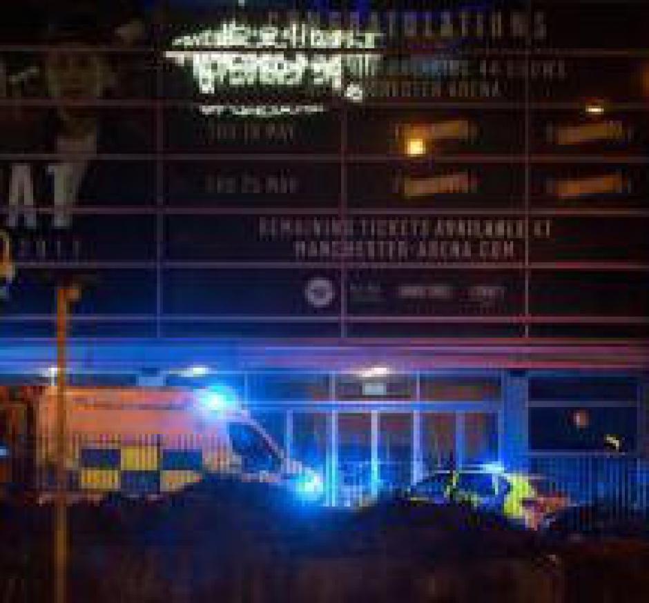 Manchester: &quot&#x3B; A chaque attaque, c'est l'humanité toute entière qui est visée&quot&#x3B; (PCF)