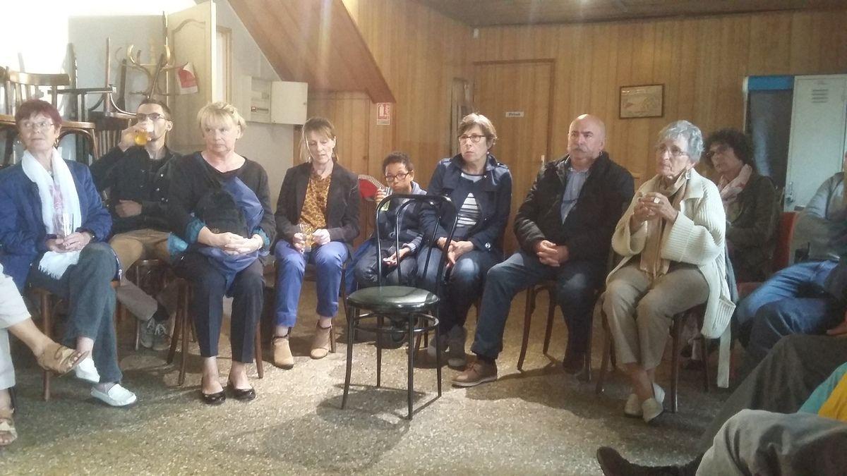 Réunion publique d'Ismaël Dupont et Muriel Grimardias à Plougoulm le jeudi 8 juin (photos Jean-Luc Le Calvez)