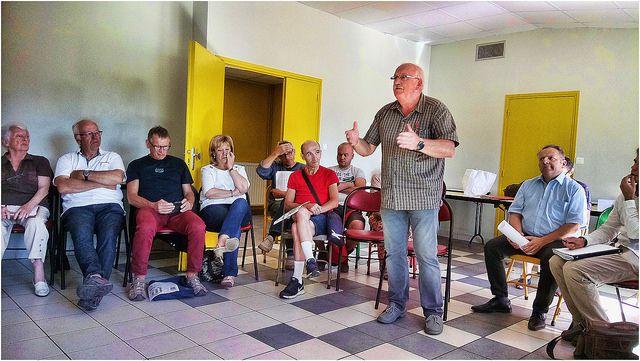 Mot d'accueil de Jacques Rannou, maire délégué communiste de Kernevel, membre de la section de Rosporden - photo Philippe Hernot